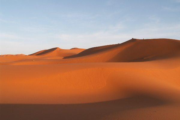 乾いているといえば砂漠