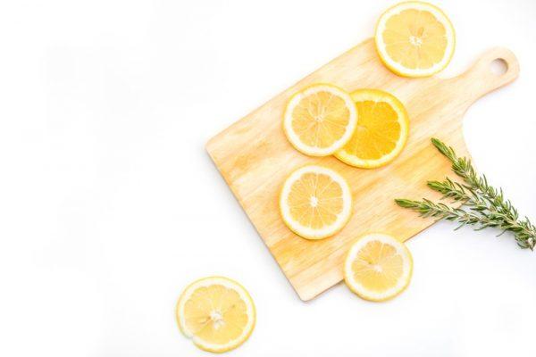 切った檸檬