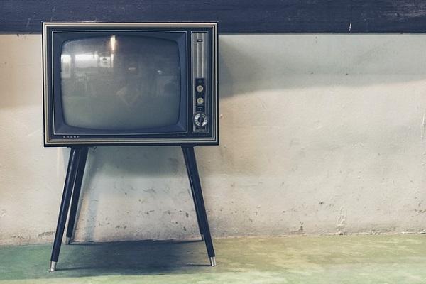に 消える が 勝手 テレビ
