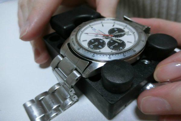 交換 やり方 電池 腕時計 オシアナス 2次電池交換